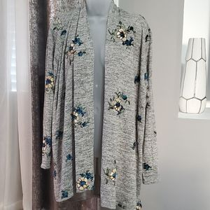 NWT Fig & Flower embroidered cardigan size L